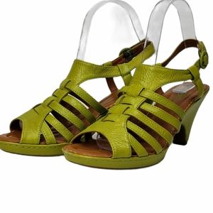 Born Crown Leather Sandals Green Size 8